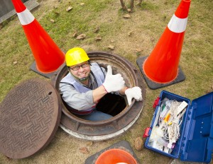 dreamstime_m_36054663_sewer worker